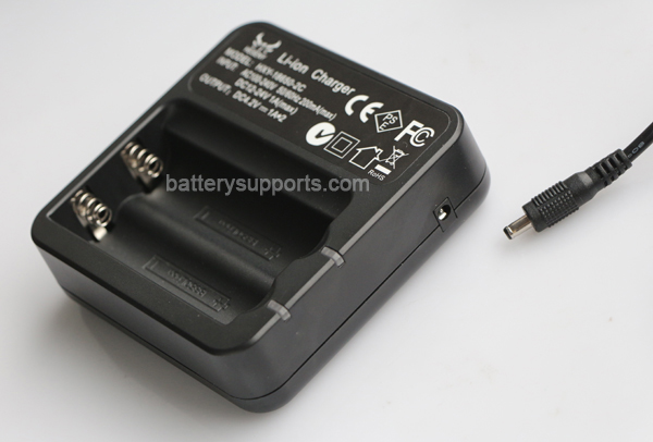 Li-ion 4.2V 1A 18650 Battery Dual Slot Wall / Car Charger